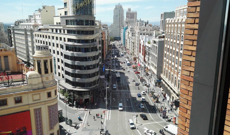 Publicada Oferta de Empleo para la Comunidad de Madrid 2018, por la que se aprueban 15328 plazas (241 plazas de Auxiliares Administrativos).